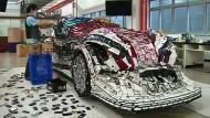 Ein Auto aus 25.000 Handys