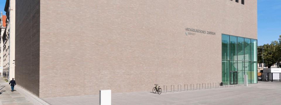 arch ologisches zentrum in berlin lichtblitze im tempel des wissens feuilleton faz. Black Bedroom Furniture Sets. Home Design Ideas