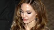 Mit Gefühl und Härte: Die Regiedebütantin Angelina Jolie bei ihrer Premiere