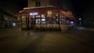 Einer der Tatorte der Schreckensnacht: Um 21.40 Uhr sprengte sich Ibrahim Abdeslam im Café Comptoir Voltaire im 11. Arrondissement in die Luft.