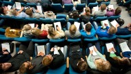 """Lehramt-Studenten in der Vorlesung """"Einführung in die Schulpädagogik"""""""