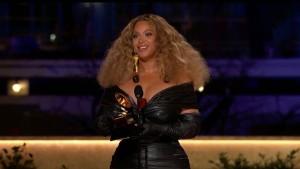 Taylor Swift und Beyoncé räumen ab