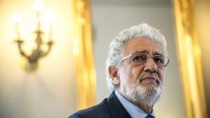 Plácido Domingo soll Kolleginnen sexuell belästigt haben