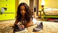 """Waad Mohammed im Film """"Wadjda"""" der saudi-arabischen Regisseurin Haifaa Al Mansour aus dem Jahr 2012"""