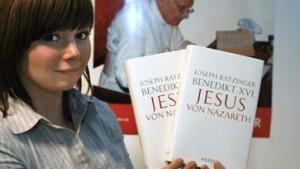 Papst stürmt Bestsellerliste