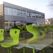 Verwaiste Gebäude und Klassenräume während der Schulschließungen