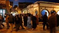 Was treibt den jungen Finanzjongleur an, und was treibt ihn in die marokkanische Hafenstadt Essaouira?