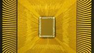 """Sein Geheimnis sind lernfähige Leiterbahnen und schnelle Transistoren: Der """"denkende"""" Computerchip aus der amerikanischen IBM-Denkfabrik in San Jose"""