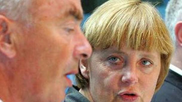 Nach Merkels Machtwort: Schönbohm entschuldigt sich