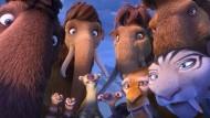 """Erfolgreich, aber schwächer als seine Vorgängerfilme: Die neuen tierischen Abenteuer mit Sid, Mammut Manni und Konsorten aus """"Ice Age 5 - Kollision voraus!""""."""