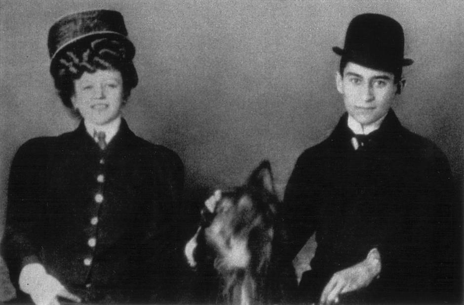 Frühe, unglückliche Liaison: Kafka und die aus Wien stammende, drei Jahre jüngere Hansi Juliane Szokoll, um 1908