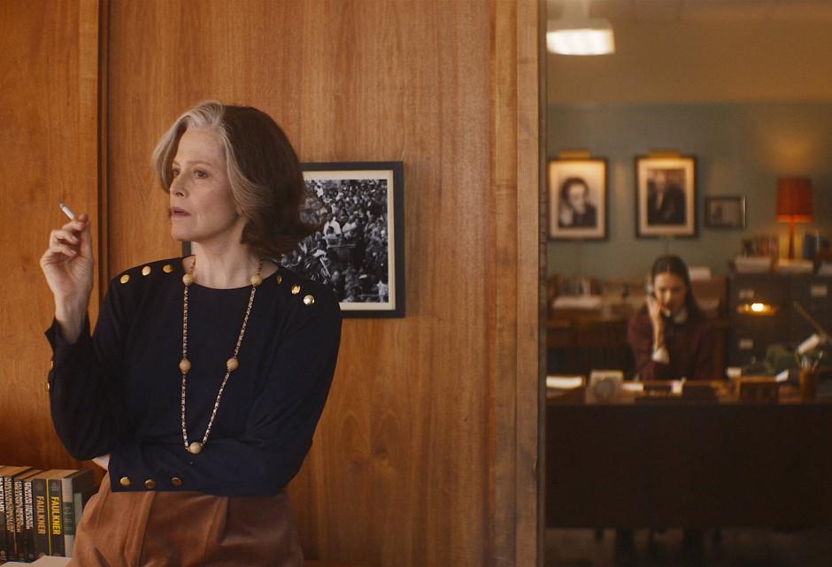 """Die Frau, die liest: Sigourney Weaver als Literaturagentin in """"My Salinger Year"""", dem Eröffnungsfilm der Berlinale"""