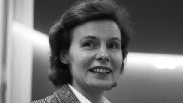 """Renate Rasp: """"Hilft nicht ein Mann und rettet Kinder"""""""
