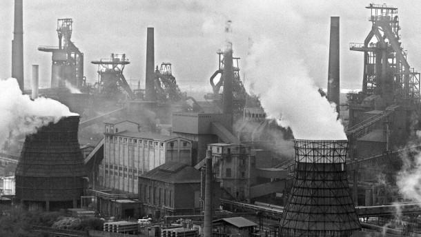 Banken und Versicherer wenden sich von der Kohle ab
