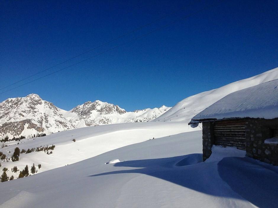 Früher wurde zwischen Italien und der Schweiz viel geschmuggelt. Heute werden an der Grenze Erderschütterungen gemessen.