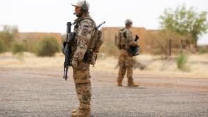 Das Land kennt seine Soldaten nicht