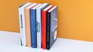 Einer wird gewinnen: die sechs Titel der Shortlist zum Deutschen Buchpreis 2020.