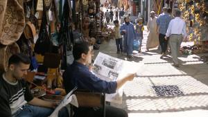 Marokko gegen Zweitleser von Zeitungen