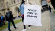 Es gibt Bummelstudenten, es gibt aber auch hochschul-organisatorische Bummelideen - Semesterbeginn in Hannover