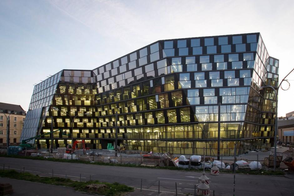blendend neue universit tsbibliothek in freiburg. Black Bedroom Furniture Sets. Home Design Ideas