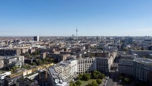 Berlin feiert seinen Mietendeckel – noch