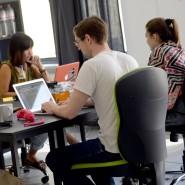 Open Office: Krautreporter-Geschäftsführer Sebastian Esser mit seinen Mitarbeitern in Berlin