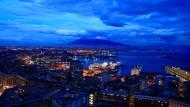 Neapel mit dem Vesuv im Hintergrund