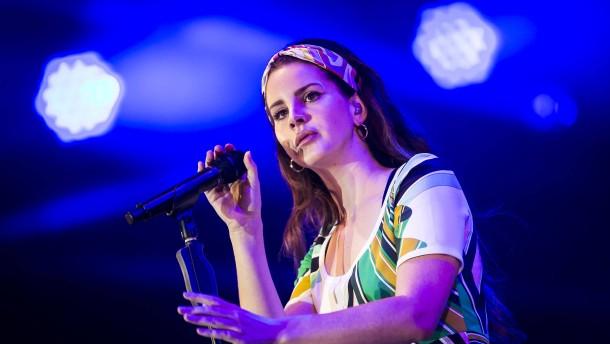 Ist Lana del Rey eine Karen?