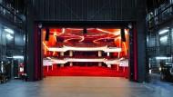 Nicht jeder darf auf die Bühne, so das Urteil in Zürich. Schade, denn eigentlich ist das Theater ein Ort des Konflikts.