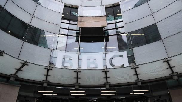 Britische Medien entlassen hunderte Mitarbeiter