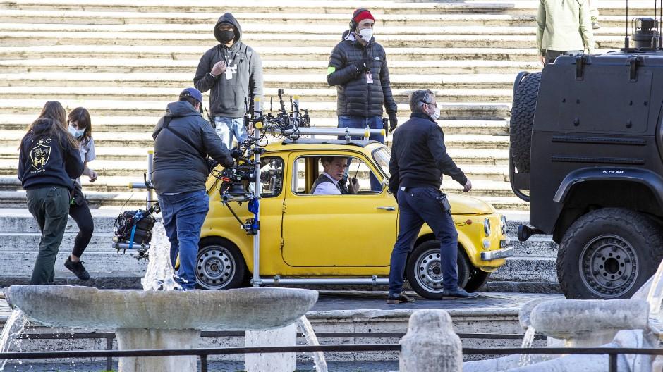 Immer auf den Abstand achten: Dreharbeiten zu Mission Impossible in Rom.