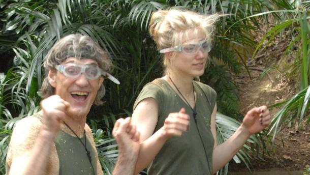 Sie rufen fürs Dschungelcamp an?