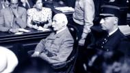 Vichy bleibt rätselhaft: Staatschef Marschall Philippe Pétain 1945 vor Gericht