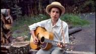 Der Messias trägt bekanntlich leichtes Schuhwerk: Bob Dylan, 1967 in der Nähe von Woodstock.