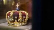 Kein Gegenstand der Verhandlungen: Die preußische Krönigkrone Wlhelms II. von 1889 blieb immer im Privatbesitz der Hohenzollern. Gezeigt wird sie auf der Hohenzollernburg in Hechingen.