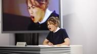 """Ihr Text hieß so wie ihr Arbeitgeber: Ronja von Rönne liest """"Welt am Sonntag"""""""