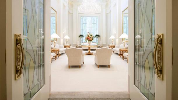 Wo Mitt Romney betet und zelebriert