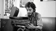 Das erste Album in Händen: Bruce Springsteen eroberte die Welt des  Rock 'n' Roll so umweghaft wie ein Ostküsten-Parzival.