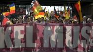 Wenn Rechte marschieren, ist Deutschland fremd: ein Sommertag in Berlin.