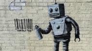 Street Art von Banksy in New York: Was Bots alles können, ist die eine Frage – was sie dürfen, ist eine ganz andere.
