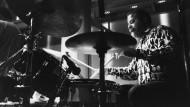 Jimmy Cobb, geboren am 20. Januar 1929 in Washington, gestorben am 24. Mai 2020 in New York, 1991 im Jazz Café in London