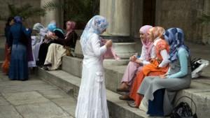 Brautkleid gegen Babies