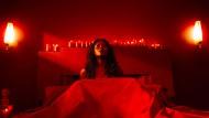 So verführerisch wie gefährlich: Die Königin von Saba, Bilquis (Yetide Badaki), pflegt ihre Liebhaber zu verschlingen