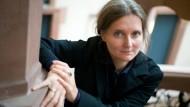 Stammt aus einer Bergwerksregion, in der man sich auf wegsackenden Grund einstellen muss: Marion Poschmann stellte sich als neues Akademie-Mitglied vor.
