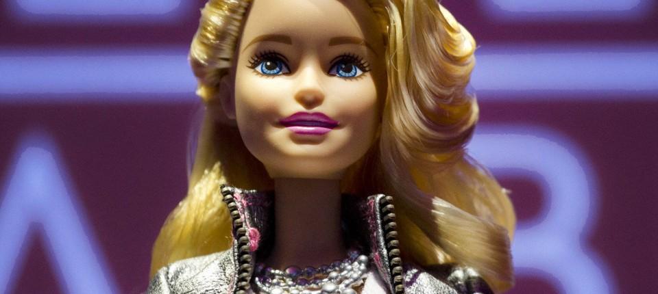 """Hello Barbie"""" & """"Cognitoy""""-Dino sprechen mit Kindern"""