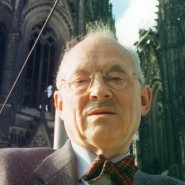 Arnold Wolff im Dezember 1997 vor dem Kölner Dom