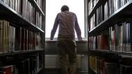 Ratlosigkeit in der Seminarbibliothek