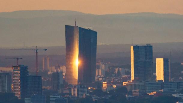 Die Herrschaft der EZB