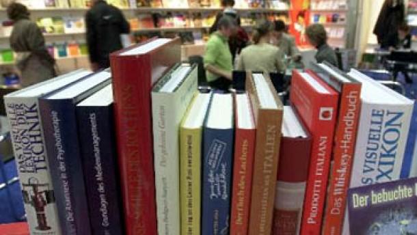 Drei mal drei: Die Leipziger Buchmesse 2001 auf FAZ.NET