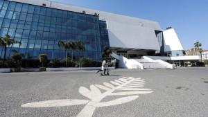 Cannes plant mit Ersatztermin im Sommer